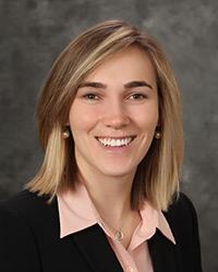 Chelsea Hassett : Senior Analyst