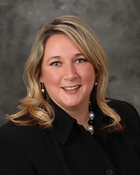 Melissa Hunkin : Corporate Accounting & Benefits